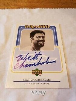 1999-00 UD Retro Inkredible Wilt Chamberlain Autograph BGS 9 / 10 AUTO
