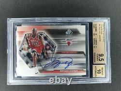 2004 sp authentic signatures Michael Jordan auto bgs 9.5 auto 10