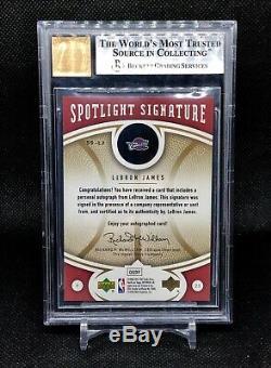 LeBron James Auto 2006-07 UD spotlight Signature Autograph SSP 12/25 BGS 9/10